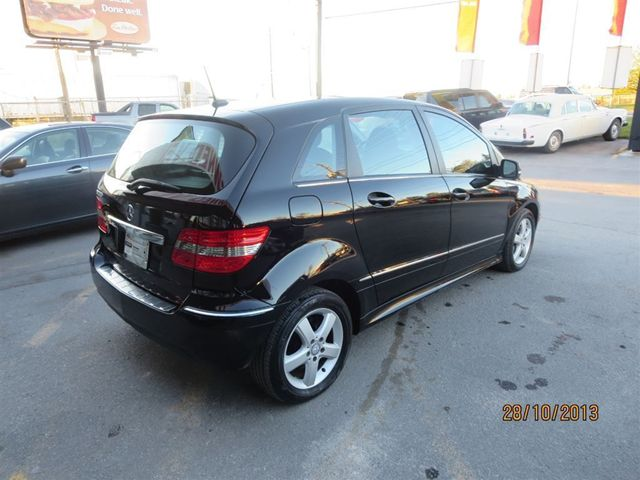 2010 mercedes benz b class b200 panoramic roof toronto ontario used car for sale. Black Bedroom Furniture Sets. Home Design Ideas