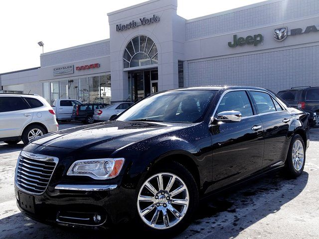 new and used chrysler 300 cars for sale in thornhill. Black Bedroom Furniture Sets. Home Design Ideas