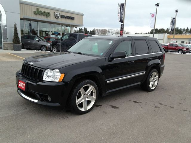 2007 jeep grand cherokee srt8 oh yeah this is an srt 8. Black Bedroom Furniture Sets. Home Design Ideas