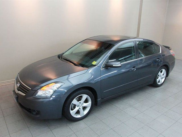 2009 nissan altima 3 5 se v6 leather sunroof alloys loaded certifi guelph ontario used car. Black Bedroom Furniture Sets. Home Design Ideas