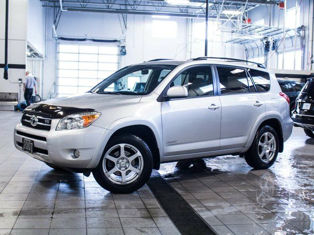 2007 toyota rav4 limited v6 4x4 penticton british. Black Bedroom Furniture Sets. Home Design Ideas