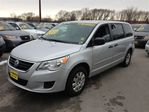 2009 Volkswagen Routan Comfortline *ACCIDENT FREE* in Burlington, Ontario