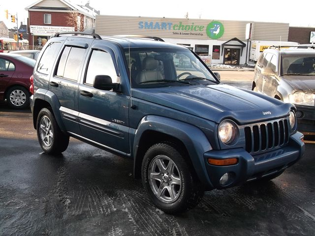 2004 jeep liberty limited edition 4x4 ottawa ontario. Black Bedroom Furniture Sets. Home Design Ideas