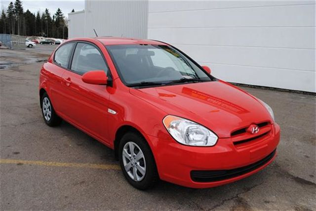 2009 hyundai accent chicoutimi quebec used car for sale. Black Bedroom Furniture Sets. Home Design Ideas