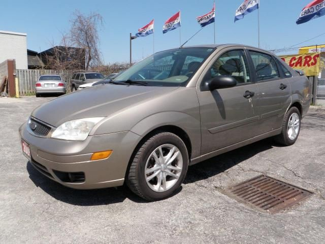2005 ford focus zx 4 leather sunroof e test certified. Black Bedroom Furniture Sets. Home Design Ideas