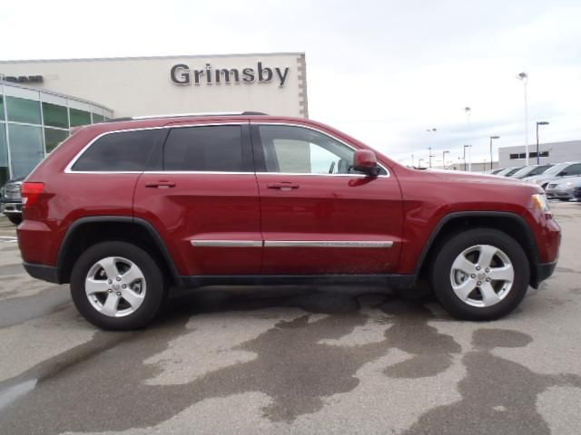 2012 jeep grand cherokee laredo 4x4 with leather grimsby ontario. Cars Review. Best American Auto & Cars Review
