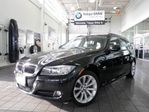 2012 BMW 3 Series 328 Touring (VALUE PRICED)0.9% FINANCE in Newmarket, Ontario