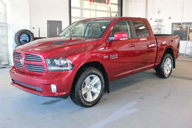 2013 dodge ram 1500 sport crew cab 4x4 5 7l v8 hemi 5 6 ft box edmonton alberta used car for. Black Bedroom Furniture Sets. Home Design Ideas