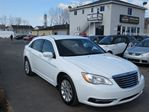 2011 Chrysler 200 LX *A/C*BAS KILOMTRAGE* in Laval, Quebec