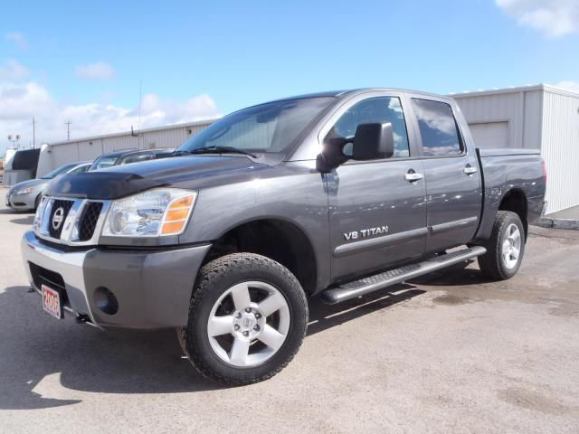 2006 nissan titan xe peterborough ontario used car for sale. Black Bedroom Furniture Sets. Home Design Ideas