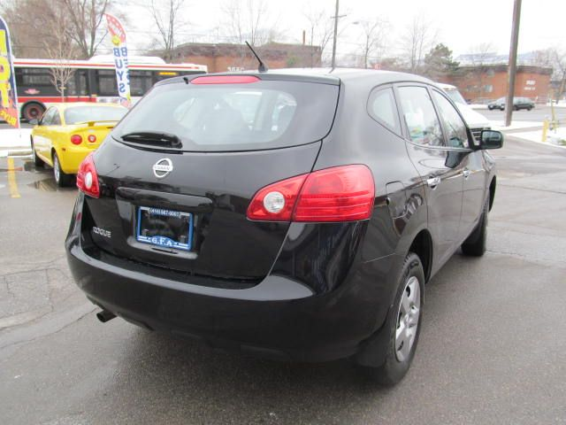 2010 nissan rogue great fuel consumption north york. Black Bedroom Furniture Sets. Home Design Ideas