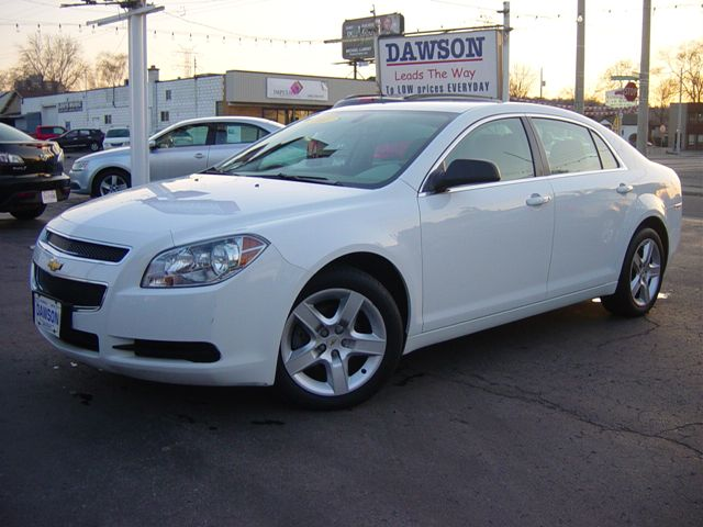 2011 chevrolet malibu ls 61 000 kms hamilton ontario. Cars Review. Best American Auto & Cars Review