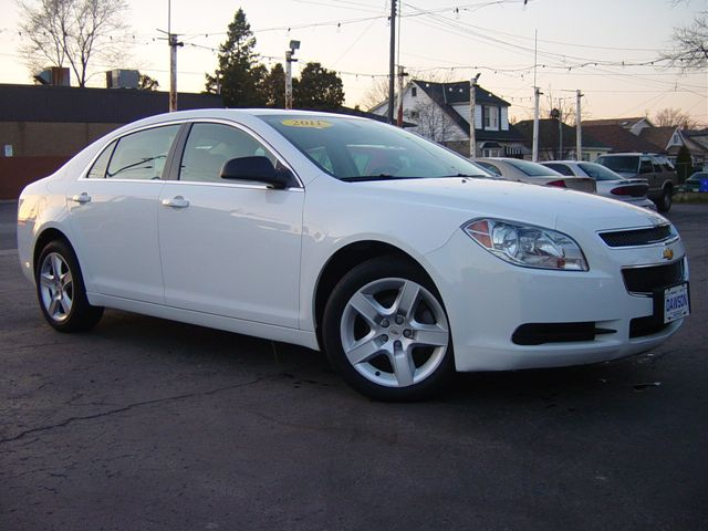 2011 chevrolet malibu ls 61 000 kms hamilton ontario used car for sale. Black Bedroom Furniture Sets. Home Design Ideas