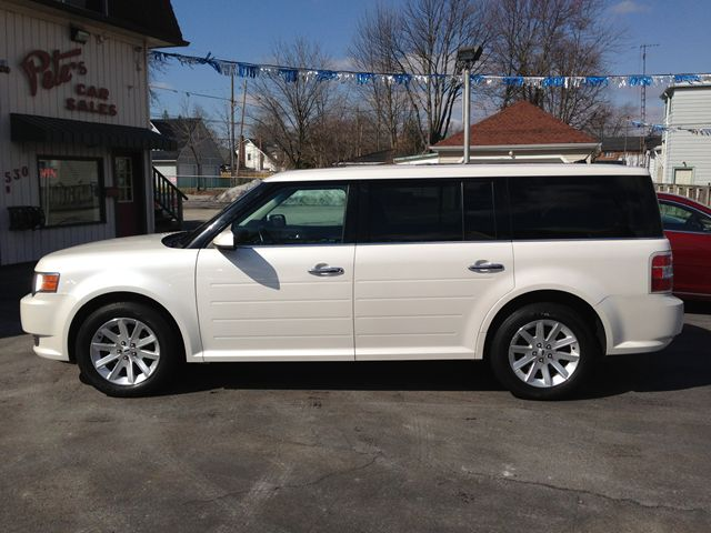 2009 ford flex sel dunnville ontario used car for sale. Black Bedroom Furniture Sets. Home Design Ideas