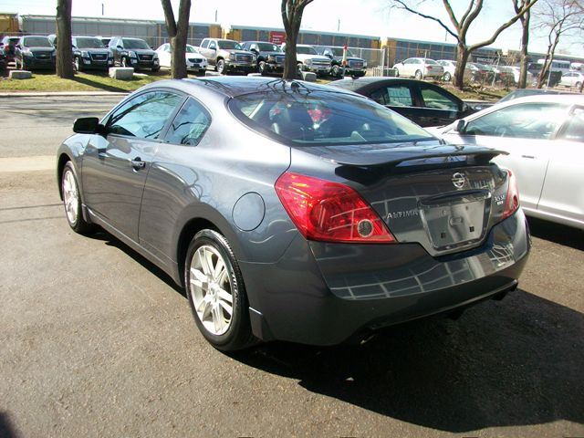 2008 nissan altima 3 5 se coupe toronto ontario used. Black Bedroom Furniture Sets. Home Design Ideas