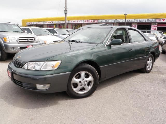 1999 lexus es 300 only 105000 km toronto ontario used. Black Bedroom Furniture Sets. Home Design Ideas