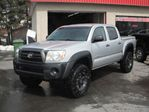 2006 Toyota Tacoma V6 4WD/6 Vit/Lift Kit 3''/Pneus 33''/Mags 16'' TF in Mirabel, Quebec