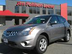2012 Nissan Rogue SV LOCAL/NO ACCIDENTS in Burnaby, British Columbia