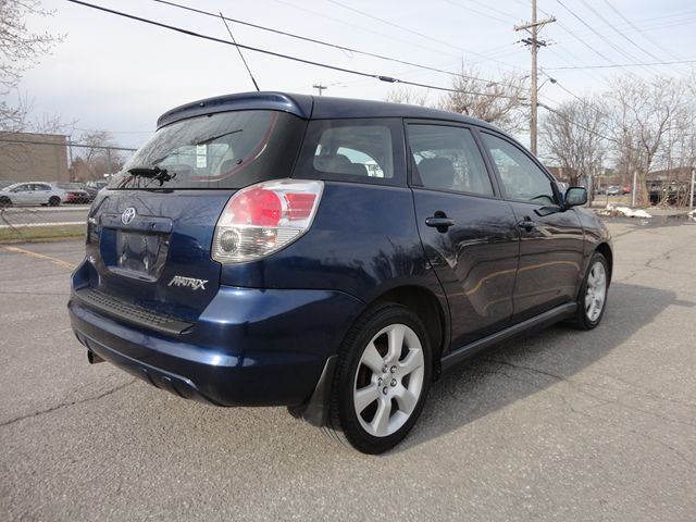 2006 toyota matrix xr ottawa ontario used car for sale. Black Bedroom Furniture Sets. Home Design Ideas