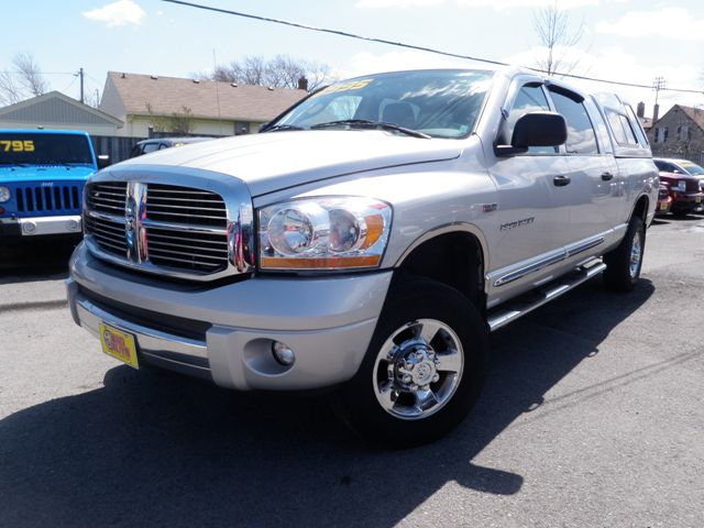 2006 dodge ram 1500 laramie mega cab sunroof cap 4x4 st catharines. Black Bedroom Furniture Sets. Home Design Ideas