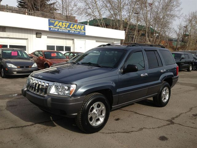 2001 jeep grand cherokee laredo calgary alberta used car for sale. Black Bedroom Furniture Sets. Home Design Ideas