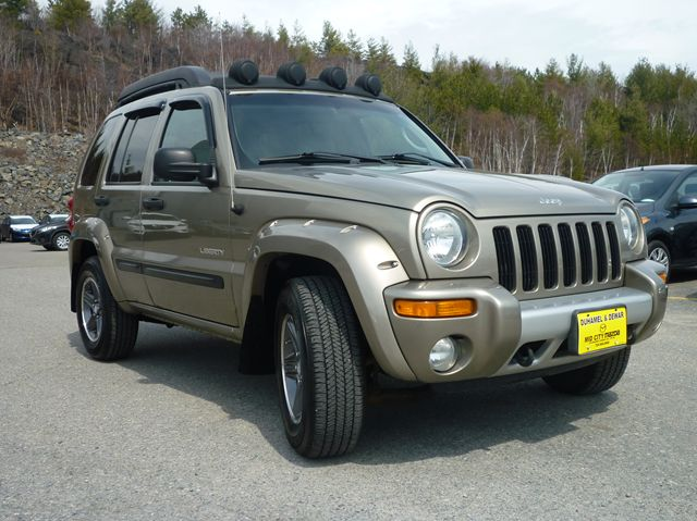 new and used jeep liberty cars for sale in ontario. Black Bedroom Furniture Sets. Home Design Ideas