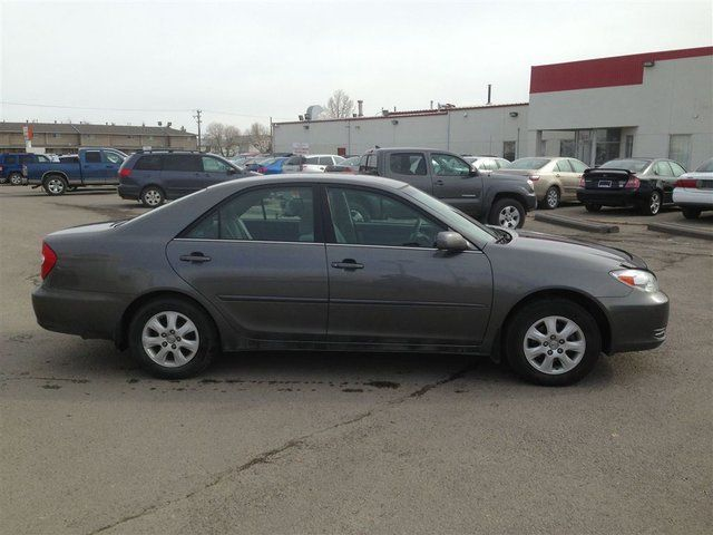 2002 toyota camry le v6 calgary alberta used car for sale. Black Bedroom Furniture Sets. Home Design Ideas
