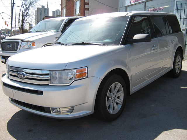 2011 ford flex se london ontario car for sale 1202973. Black Bedroom Furniture Sets. Home Design Ideas