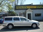 2002 Volvo V70 Wagon, Auto, Sunroof 5cyl leather in Ottawa, Ontario