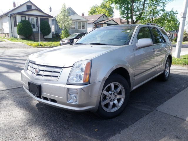 2006 cadillac srx st catharines ontario used car for sale. Black Bedroom Furniture Sets. Home Design Ideas