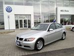 2006 BMW 3 Series 323 I, LEATHER, POWER SUNROOF, 100% NO ACCIDENT !! in Mississauga, Ontario