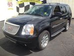 2007 GMC Yukon Denali Leather Heated Seats Sunroof AWD in Burlington, Ontario