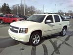 2011 Chevrolet Avalanche 1500 LTZ White Diamond Pkg, Sunroof, Navigation! in Pickering, Ontario