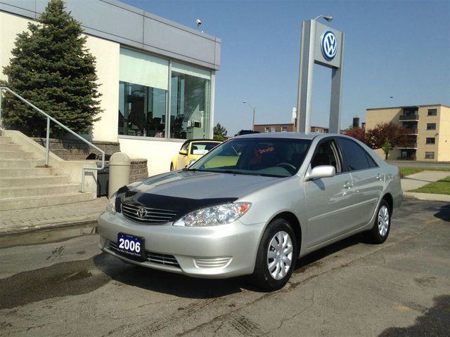 2006 toyota camry le toronto ontario used car for sale. Black Bedroom Furniture Sets. Home Design Ideas