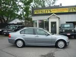2005 BMW 3 Series 320 Auto, Leather heated seats low kms local trade in Ottawa, Ontario