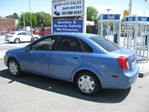2004 Chevrolet Optra 
