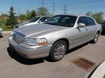 2004 Lincoln Town Car Ultimate in Milton, Ontario