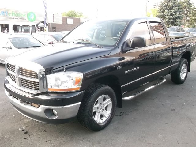 2006 dodge ram 1500 slt trx4 off road sport all wheel drive ottawa. Black Bedroom Furniture Sets. Home Design Ideas
