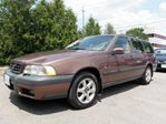 1999 Volvo V70 XCOUNTRY ~ LEATHER ~ ROOF ~ GORGEOUS COLOUR in Toronto, Ontario