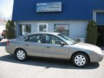 2003 Ford Taurus           in Saint-Romain, Quebec