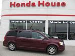 2008 Chrysler Town and Country Touring. Local i Owner from Windsor in Chatham, Ontario