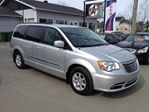 2011 Chrysler Town and Country           in Victoriaville, Quebec