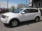 2009 Mitsubishi Outlander XLS bluetooth 4x4 7 passanger !! in Whitby, Ontario