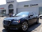 2012 Chrysler 300 S V6, pwr leather seats, pana sunroof, beats audio in Thornhill, Ontario