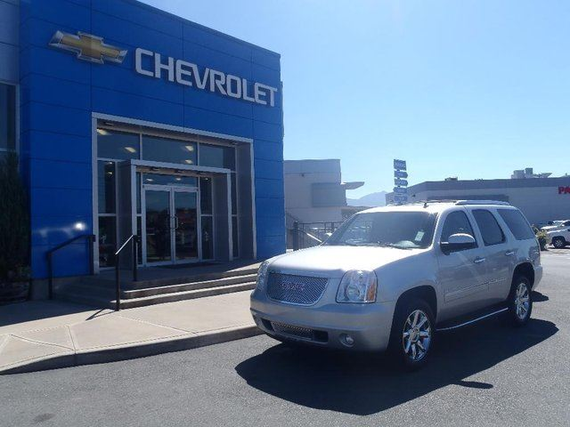 2012 GMC YUKON Denali in Chilliwack, British Columbia