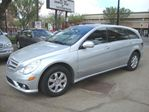2008 Mercedes-Benz R-Class R320CDI 4MATIC w/ Navi/Headrest DVD's/Pano Roof in Edmonton, Alberta