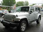 2007 Jeep Wrangler Sahara Unlimited 4x4 in Drummondville, Quebec