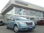 2010 Chrysler Town and Country           in Newmarket, Ontario