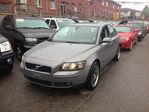 2005 Volvo S40 2.4L in Scarborough, Ontario