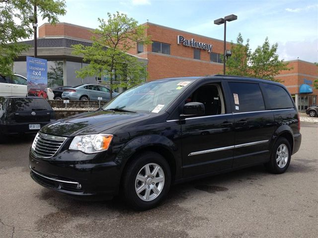 2012 chrysler town and country touring with navigation. Black Bedroom Furniture Sets. Home Design Ideas